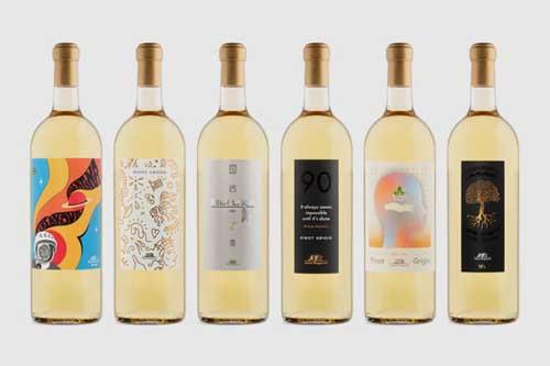 """""""Off the Skins"""" mostra celebrativa dei 60 anni del Pinot Grigio Santa Margherita"""